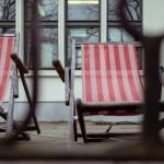 Liegestühle - zwischen den Gefühlen und Stühlen
